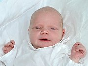 TEREZA NÝČOVÁ se narodila 15.9. v 9.04 hodin, vážila 3190g a měřila 47cm. S rodiči Marií a Lukášem jsou z Meziměstí. Doma má sourozence Vráťu, Dominika, Táďu, Štěpku a Vojtu.