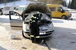 Požár osobního automobilu v Janovičkách.