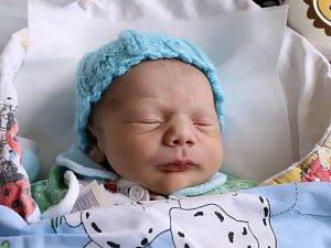 JULIUS BUDAJ se narodil 10. října 2017 ve 22.50 hodin. Jeho míry byly 2620 gramů a 46 centimetrů. Šťastní rodiče Barbora Budajová a Julius Samo jsou z Náchoda.