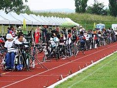 NA LETOŠNÍ Světový žebříčkový turnaj v lukostřelbě handicapovaných dorazí přibližně 150 závodníků z pětadvaceti zemí světa.