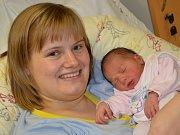 HEDVIKA MICHLOVÁ potěšila svým narozením rodiče Kristýnu a Pavla z Dobrušky, a to 11. října 2016 v 9.54 hodin. Její váha byla 3100 gramů. Doma má sestřičku Alžbětku.