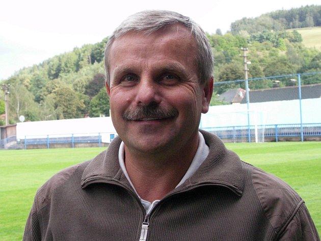 Fotbalový trenér Karel Krejčík