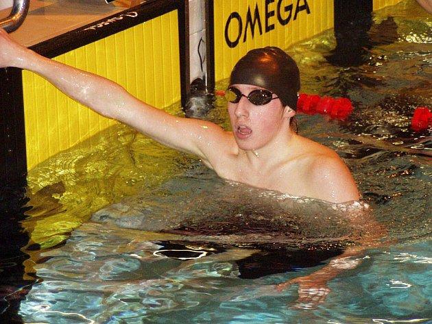 Z mistrovství republiky se vrátil náchodský plavec Josef Matyáš se třemi cennými kovy.