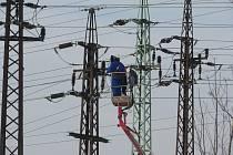 Práce a problémy energetiků.