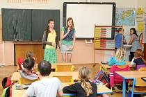 JEDNODENNÍ ZKUŠENOST ukázala školákům, že být učitelem a stát za katedrou zase není tak jednoduché, jak si představovali.