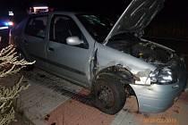 Havárie osobního automobilu v obci Křinice.