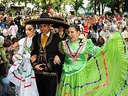 Zahájení 56. Mezinárodního folklorního festivalu v Červeném Kostelci.