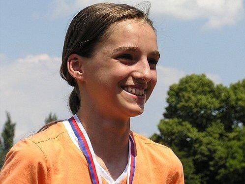 Usměvavá Alena Ulrichová získala stříbro.