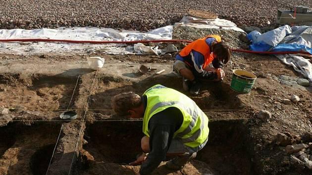 V Novém Městě nad Metují byl nazelen tři tisíce let starý bronzový poklad.