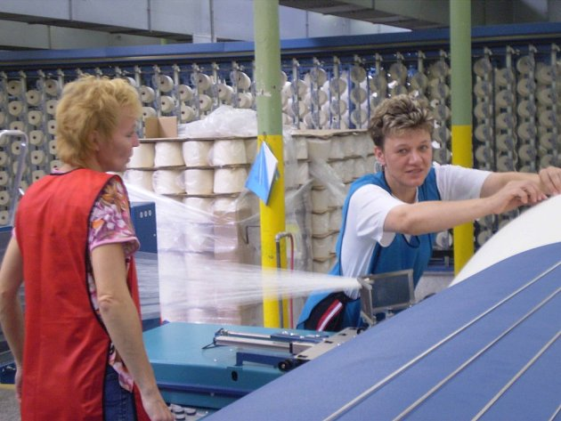 V BROUMOVĚ pracují ženy  také v podniku Veba.
