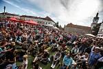 Festival české filmové komedie vNovém Městě nad Metují začal v sobotu 14. září koncertem Báry Basikové.