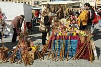 Velikonční trhy v Hronově.