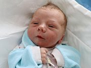 JAN FETTER je prvním děťátkem Michaely a Jana z Vysokova. Chlapeček se narodil 29. srpna 2017 ve 14. 01 hodin, vážil 3320 gramů a měřil 49 centimetrů.