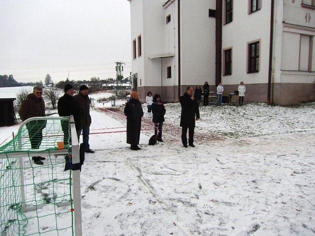 ZŠ Pavlišovská má nové hřiště.