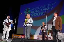 Vyhlášení výsledků 31. ročníku Novoměstského hrnce smíchu, sobota 26. září.