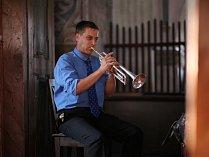 Sobota 21. července patřila kostelu sv. Petra a Pavla v Broumově, v němž vystoupil varhaník Přemysl Kšica a trumpetista Miroslav Smrčka.