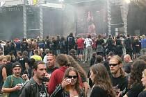 Pevnostní  město Josefov u Jaroměře se na tři dny zaplní příznivci toho nejtvrdšího metalu.  Dnes začíná Brutal Assault.