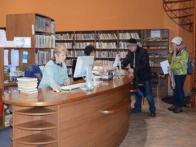 Knihovna v Náchodě - ilustrační foto.
