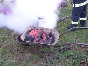 Požár sazí v komíně ve Vernéřovicích