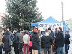 Broumovský charitativní svařák vynesl pro broumovskou nemocnici přes 15 tisíc korun.