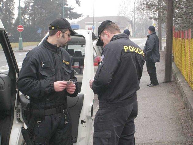Ze zátahu cizinecké policie.