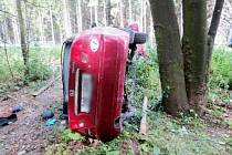 Havárie osobního automobilu u Jetřichova.