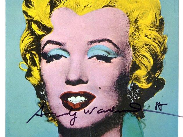 Portrét Marylin Monroe bude v Polici k vidění v několika brevných variantách.
