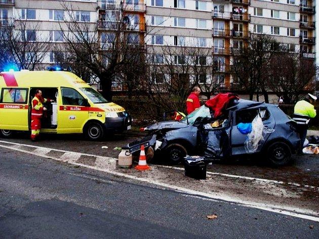 Nehoda v Jaroměři ze dne 24. prosince.