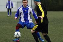 FOTBALISTÉ Jaroměře (v modro-bílém)