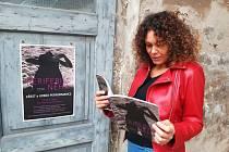 Kniha Periferie něhy bude mít do svého literárního života neobyčejný vstup v rámci urbex performance, která proběhne 23. září od 18 hodin naproti klubu Eden v Broumově.