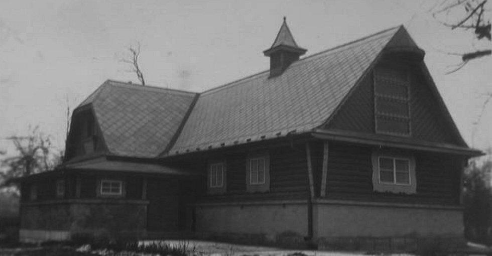 Boučkovo divadlo v Jaroměři.