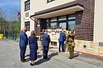 Den vítězství stejně jako na mnoha místech naší republiky oslavili 8. května také představitelé vedení města Náchoda.