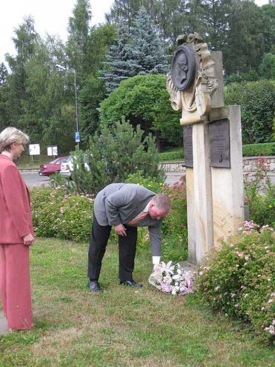 Vzpomínka u pomníku Josefa Tichatscheka.