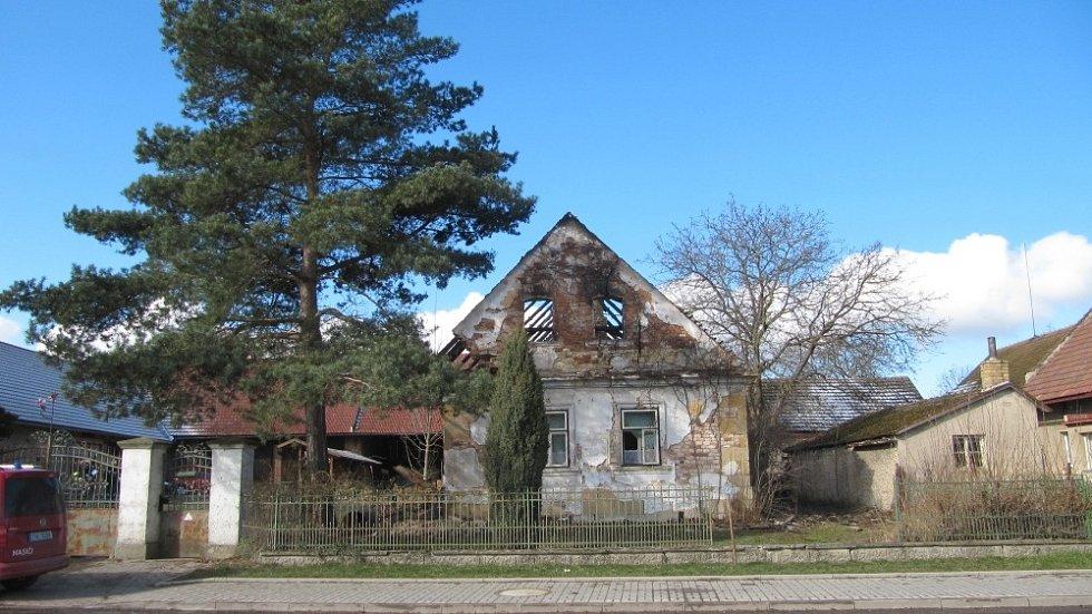 Požár stavení v Jasenné na Náchodsku, den poté