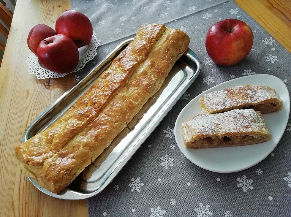 Pečeme pro jabloň, tak zní název happeningu, který až do konce února provoní české domácnosti jablky a skořicí.