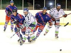Hokejové utkání Hronov - Náchod 8:3.