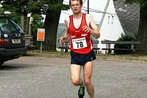 PETR PECHEK ovládl nedělní běh Náchod-Dobrošov, v sobotním Běhu na Hvězdu skončil druhý.