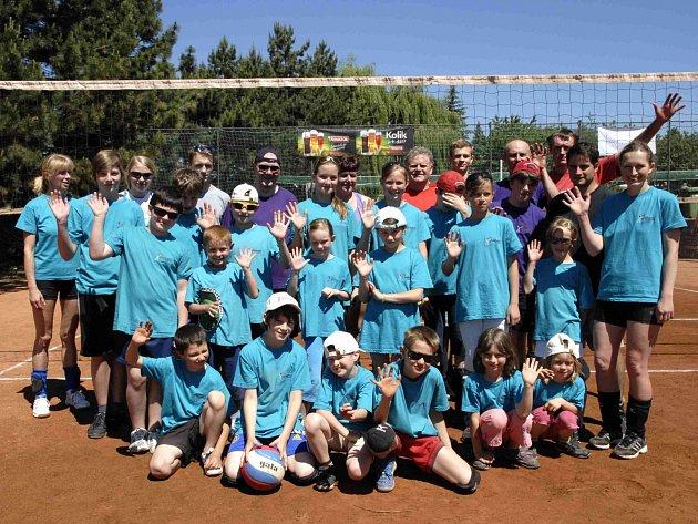 VOLEJBALOVÉ centrum nad Metují (VoCe) má za sebou trochu volnější prázdniny a nyní mu už začíná náročný tréninkový i turnajový program.
