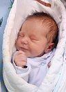 ANTONÍN MAIXNER je na světě! Narodil se 9. listopadu 2017 v 17,59 hodin manželům Markétě a Jiřímu z Náchoda. Chlapeček vážil 3550 gramů a měřil 49 centimetrů. Raduje se z něho také bráška Jirka.