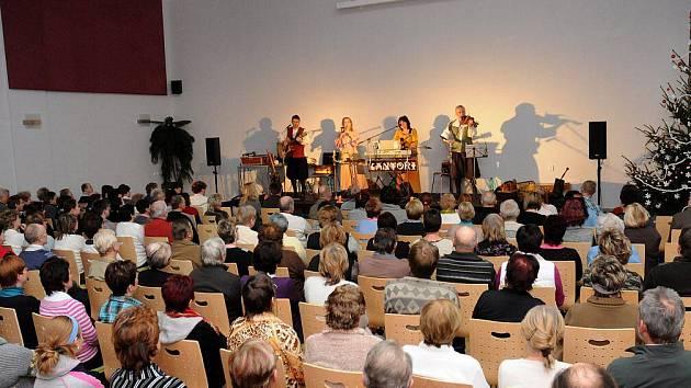 Adventní koncert ve Velkém Poříčí.