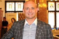 DAVID NOVOTNÝ z Náchoda, pořadatel Muže roku či Nej sestřičky, je už známou persónou českého showbyznysu a organizování charitativních akcí.