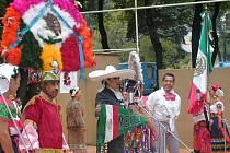 V přírodním areálu v Červeném Kostelci bude dnes zahájen 48. ročník Mezinárodního folklorního festivalu. Mezi účinkujícími nebude chybět soubor z Mexika.