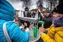 Otevření nového prameníku a lázní v Náchodě-Bělovsi. Tato minerální voda se nyní bude nazývat dle veřejné ankety Běloveské bublinky.