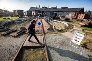 """Volby v železničním muzeu """"výtopna"""" v Jaroměři."""
