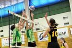 Hronovské ženy (v zeleném) dosáhly na krajský titul.