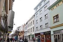 Dům č.p. 136 na Kamenici v Náchodě, ve kterém rodina Škvoreckých bydlela.