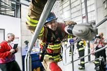Na požární stanici Náchod se sídlem ve Velkém Poříčí se sešli už podruhé během prázdnin ti nejtvrdší hasiči a hasičky, kteří se věnují disciplínám TFA.