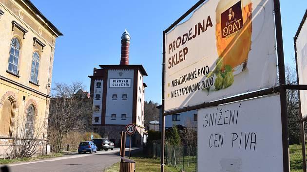 Přestože pivovar v Olivětíně momentálně zastavil produkci, pivovarská prodejna je stále otevřena.