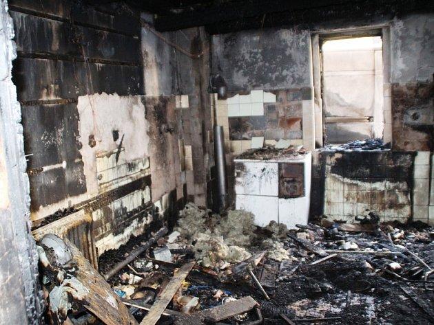 Požár přístavku rodinného domu v Martínkovicích