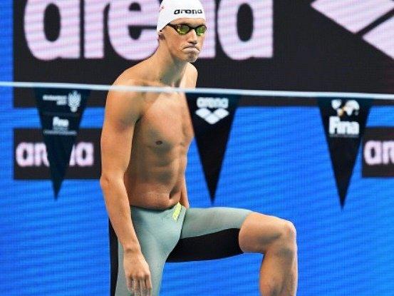 NÁCHODSKÝ plavec Pavel Janeček si ze světového šampionátu přiváží 25. a 31. místo.